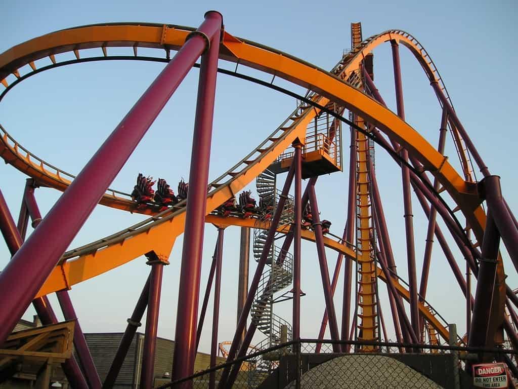רכבת הרים ב-Six Flags