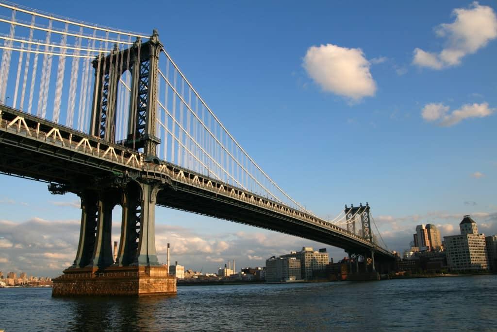 גשר ברוקלין - אטרקציות במנהטן