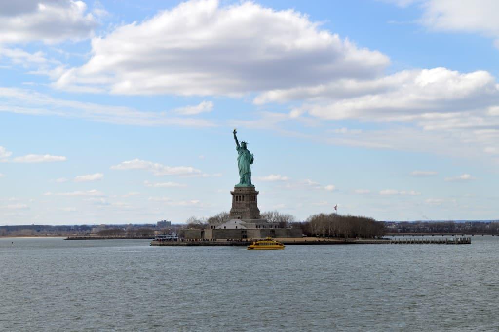 פסל החירות ליברטי איילנד.