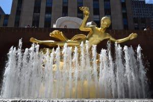 פסל פרומתאוס. הסמל של מרכז רוקפלר